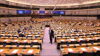 Coronavirus-Debatte im ausgedünnten EU-Parlament
