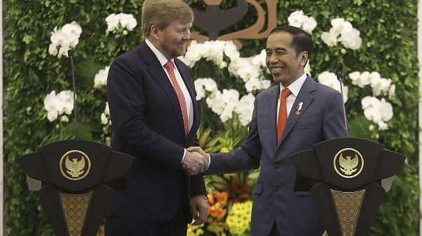Король Нидерландов извинился перед Индонезией