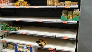 Coronavirus panic leaves Madrid supermarket looking like 'end of the world'