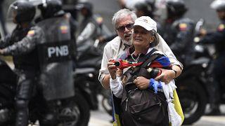 Venezuela : la police bloque une manifestation de l'opposition