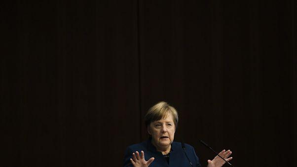 Merkel: Zwei Drittel der Deutschen könnten sich infizieren
