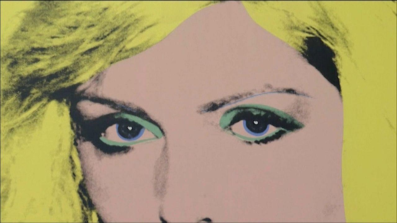 Andy Warhol retrospektiv kiállítás a londoni Tate Modern Múzeumban
