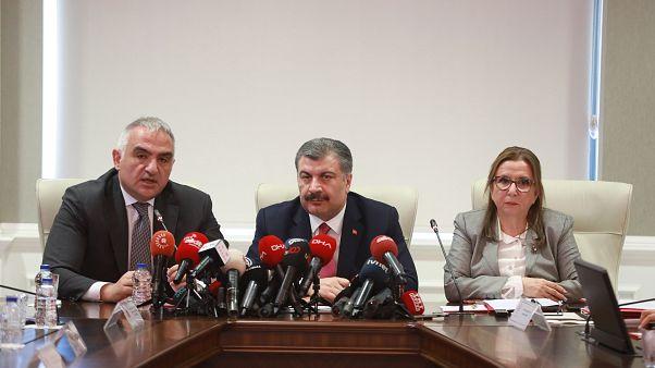 Sağlık Bakanı Fahrettin Koca, Ticaret Bakanı Ruhsar Pekcan ile Kültür ve Turizm Bakanı Mehmet Nuri Ersoy