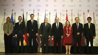 وزراء خارجية مجموعة السبع إضافة إلى فيديريكا موغريني المفوضة العليا السابقة للشؤون الخارجية والأمنية في الاتحاد الأوروبي