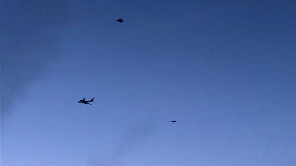 شاهد: مقاتلتان أمريكية وكندية ترافقان طائرة استطلاع روسية اقتربت من ألاسكا