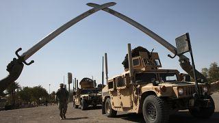 """أمريكا وبريطانيا تتعهدان بـ""""محاسبة"""" منفذي الهجوم على قاعدة عراقية"""