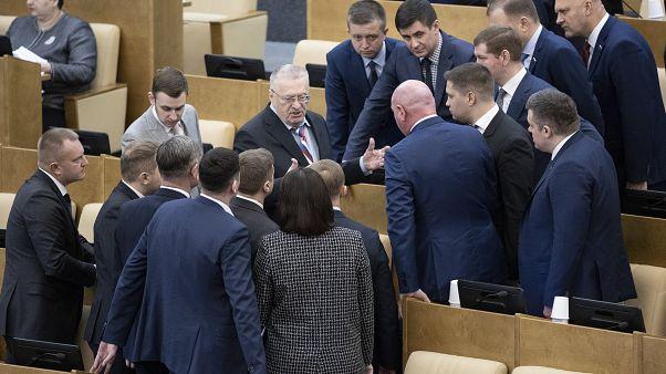 Депутатов Госдумы насильно отправили на карантин из-за COVID-19