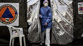 Der Ausbruch bringt Italiens Gesundheitssystem zum Kollaps