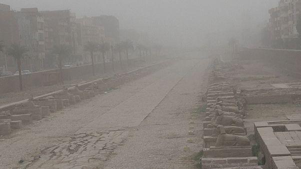 طوفان شن در شهر باستانی اقصر مصر