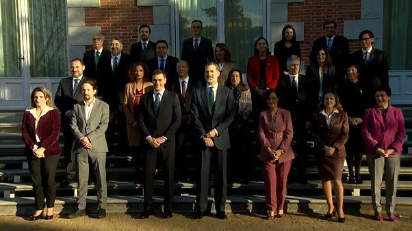 König Felipe und das spanische Kabinett