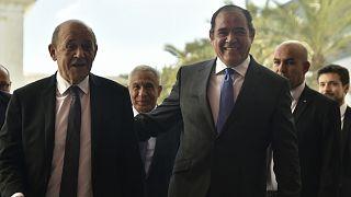 لودريان يبحث في الجزائر قضايا ثنائية والملف الليبي