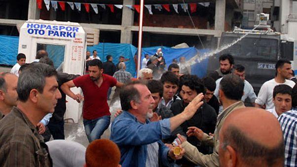 Metin Lokumcu ve diğer eylemciler