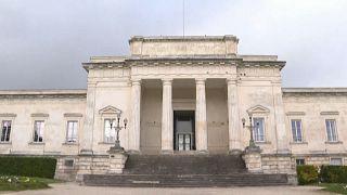 Le procès du chirurgien accusé de pédophilie a débuté en France