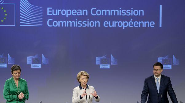 Ανακοινώσεις της Επιτροπής για τον COVID-19