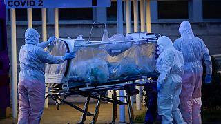 Koronavirüs canlı anlatım | İtalya'da ölü sayısı 2000'i geçti, vaka sayısı 28 bin