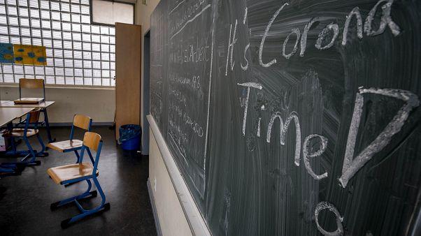 В Германии закрывают школы