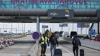 Covid-19: ripristino dei controlli alle frontiere. Ecco dove in Europa