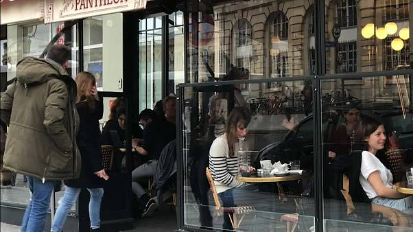 Испания на карантине, Франция без кафе