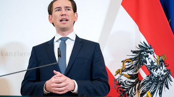 Kurz schaltet Österreich auf Notbetrieb