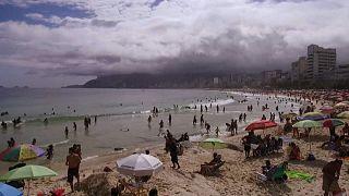 Mais de 150 infetados com o novo coronavírus no Brasil