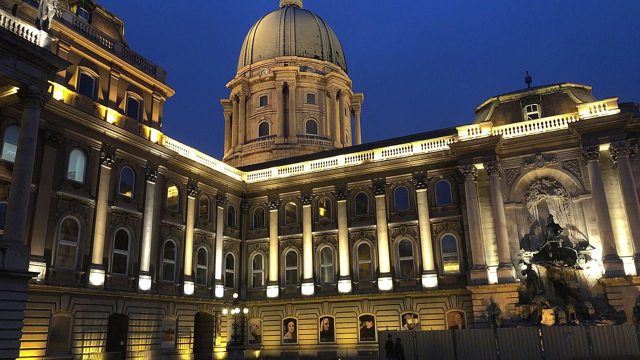 Bezár a járvány miatt több budapesti múzeum, virtuális túrákat tehetünk