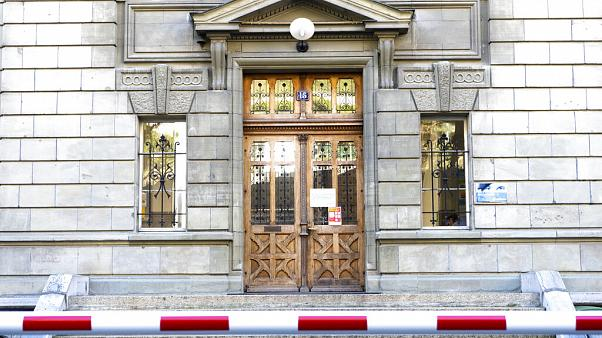 Eine geschlossene Schule in Lausanne