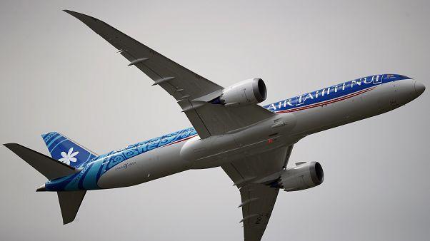Французская авиакомпания совершила самый длинный внутренний рейс в истории из-за COVID-19