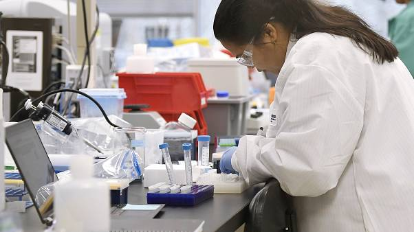Come nascono i vaccini per i nuovi virus? E qual è la tempistica reale?