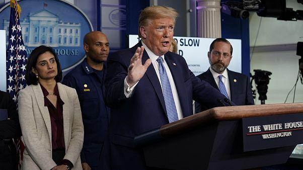 ترامپ: احتمال رکود اقتصادی آمریکا در سایه ویروسکرونا منتفی نیست