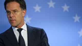 Hollanda başbakanından koronavirüs uyarısı: Halkımızın büyük bir kısmı enfekte olacak