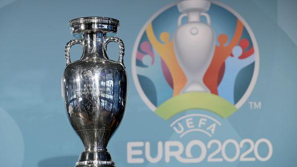 УЕФА перенес чемпионат Европы на лето 2021 из-за коронавируса