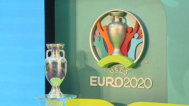 UEFA adia Euro 2020 por causa da covid-19