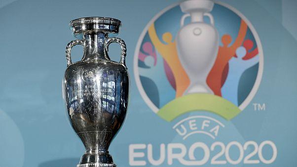 مسابقات فوتبال یورو ۲۰۲۰ یکسال به تعویق افتاد