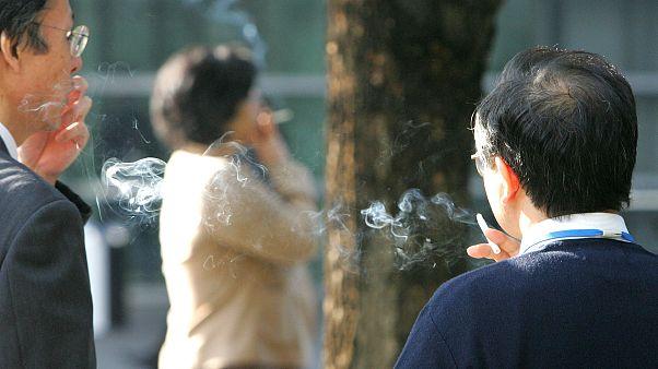 Sigara içenlerde Covid-19'un şiddetli semptomlar geliştirme riski artıyor