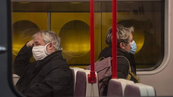 منظمة الصحة العالمية تدعو أوروبا لاتخاذ خطوات جريئة للتصدي لكورونا