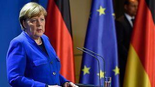 ميركل تعلن حظر دخول الاتحاد الأوروبي لثلاثين يوما بسبب فيروس كورونا