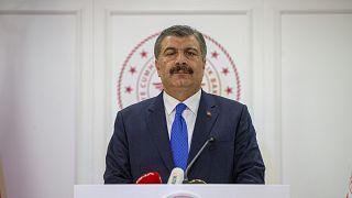 Sağlık Bakanı Fahrettin Koca, düzenlediği basın toplantısında açıklamalarda bulundu