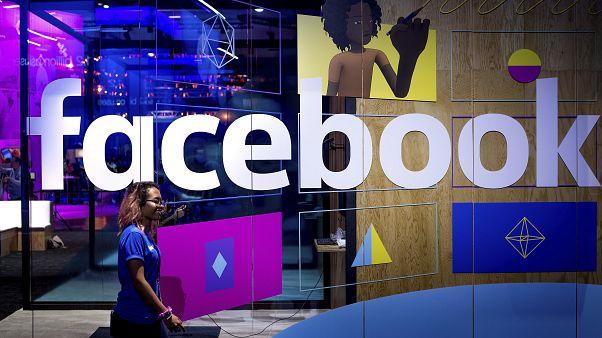 Facebook koronavirüs haberlerini yanlışlıkla blokmaya başladı