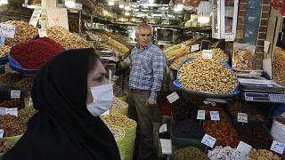 تحضيرات عيد النيروز في إيران وسط تفشي وباء كورونا في البلاد