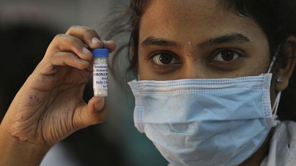 Hintli bilim insanları koronavirüsün tedavisi için kullandıkları ilacı açıkladı