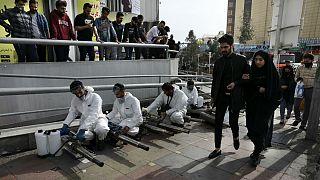 پیشبینی ۳ سناریو برای شیوع کرونا در ایران؛ تعداد جانباختگان چگونه کاهش مییابد؟