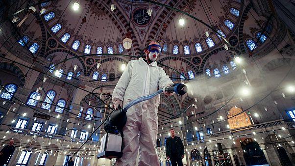 Türkiye'de koronavirüs vaka sayısı günde 13 bini aştı: Diğer ülkelerin grafiği nasıldı?