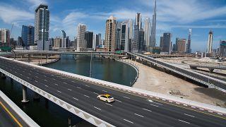 زيادة ملحوظة بأعداد المصابين بفيروس كورونا في الإمارات