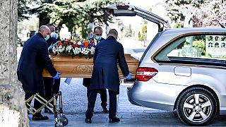 475 nouveaux morts en un seul jour, le sinistre bilan de ce mercredi en Italie