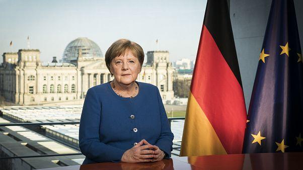 Bundeskanzlerin Merkel bei Fernsehansprache zu Covid-19