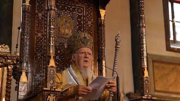 Πατριάρχης Βαρθολομαίος: Μένουμε σπίτι να προσευχηθούμε - Ανάγκη να περιορίσουμε τις συναθροίσεις
