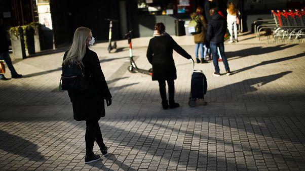 EU's Chief Brexit Negotiator Tests Positive for Coronavirus