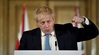 Royaume-Uni : des mesures bien tardives contre le coronavirus