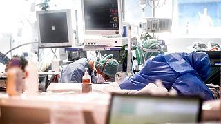 کرونا در جهان؛ ۶۲۷ نفر در ۲۴ ساعت در ایتالیا جان باختند