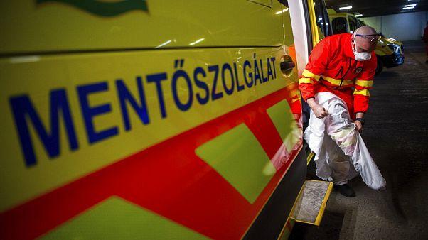 Háromra nőtt a koronavírus áldozatainak száma Magyarországon